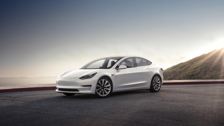 Tesla Model 3 vs Model S - Hvilken bil er bedst?