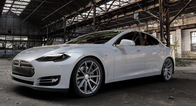 Tesla Alufælge - AEZ Straight Dark