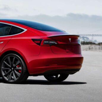 Original Kulfiber Hækspoiler Tesla Model 3